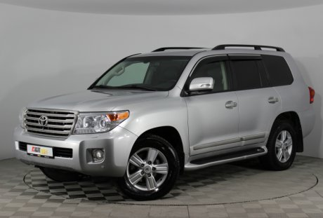 Toyota Land Cruiser 200 2012 года с пробегом 159 437 км